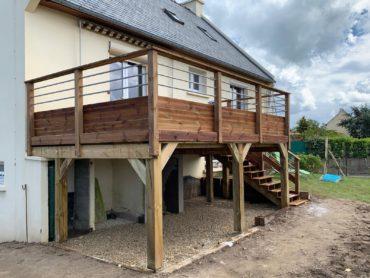Terrasse bois sur pilotis - CHEVALLIER PAYSAGE