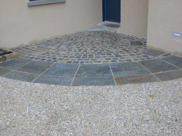 Aménagement de l'accès à la porte d'entrée - Chevallier Paysage